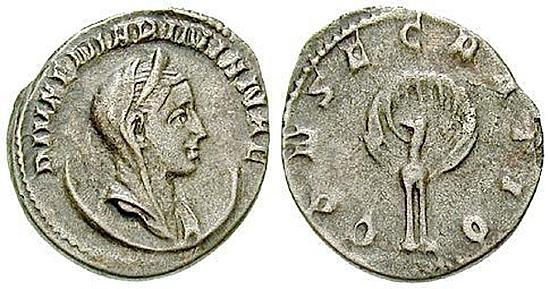 Mariniana, Frau Valerianus I.